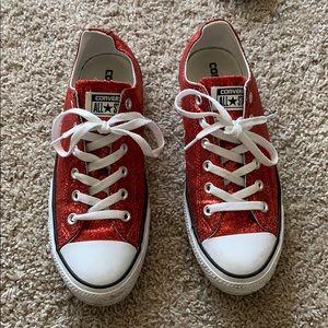 Red glitter converse ❤️